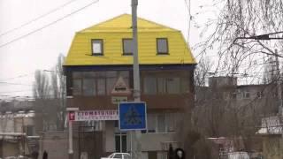 видео Правильные сочетания цветов фасада и кровли