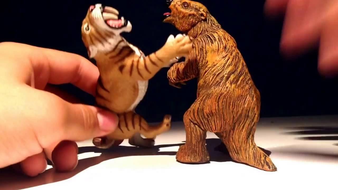 Review 15 Safari Ltd Saber Tooth Tiger Youtube