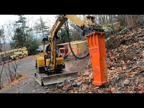 New excavator hammer