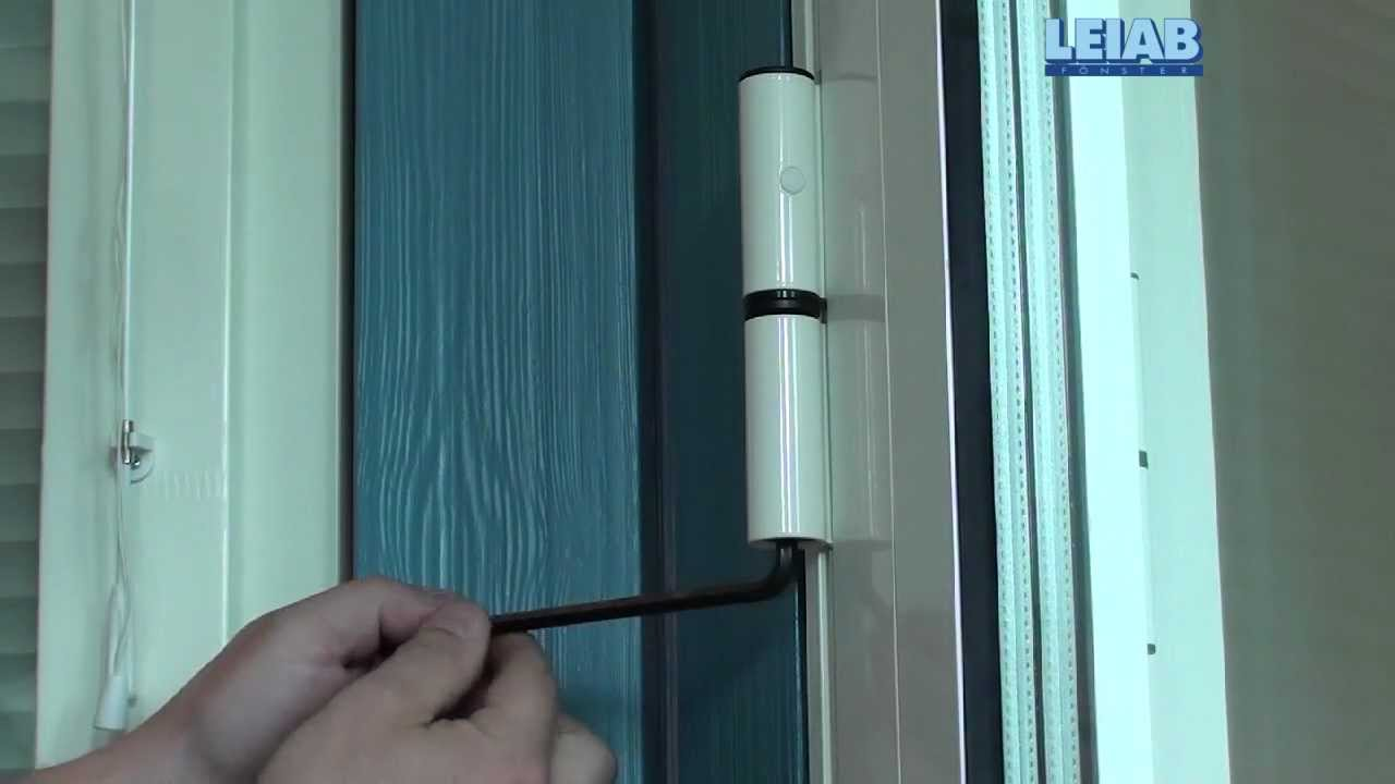 LEIAB Fönster justering utåtgående dörr - YouTube
