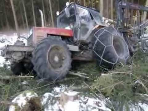Belarus Mtz 1025 difficult conditions in the forest