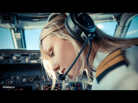 Pilot Salary - How Much Do Airline Pilots Earn? - Life Of An Airline Pilot By @DutchPilotGirl