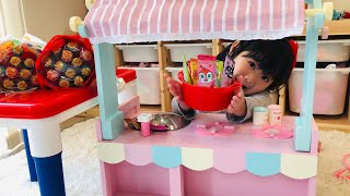キャンディ屋さんごっこ!姉妹喧嘩で壊れた?魔法のアンパンマンキャンディ Magic of Anpanman Candy Shop