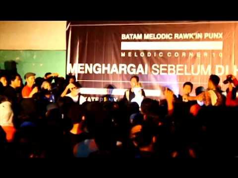 THREESIXTY SKATEPUNK - Terjemahkan Egoku (live At Batam)