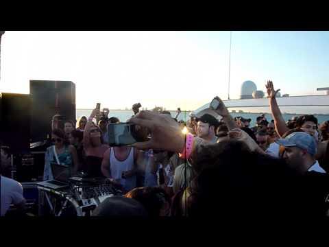 James Zabiela @ Positronic Yacht 3.26.2011...