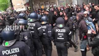 Germany: Police and protesters scuffle at Berlin May Day demonstration