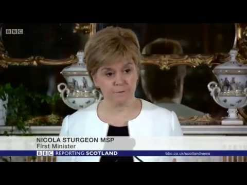 Nicola Sturgeon can estimate the cost of Brexit, but not Scottish independence.