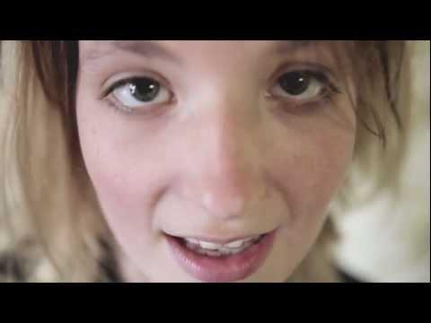 Roosbeef - Iets Te Veel Wij(n) (OFFICIAL VIDEO) HD