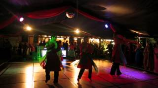 Indian Wedding Sangeet Dance Performance by PerthDesi - Awesome fusion of Bollywood hits