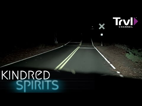 Inside The Haunted Crocker Tavern House - Kindred Spirits - Travel Channel