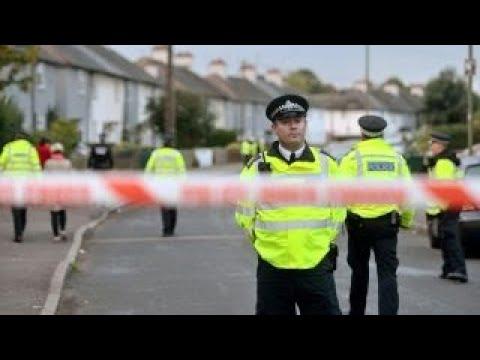 London police arrest second bombing suspect
