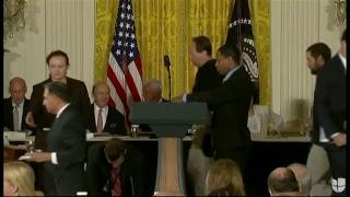 El presidente Donald Trump se reúne con el Consejo Nacional del Espacio en la Casa Blanca.