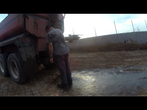Manure tanker clean out Part 1of 2