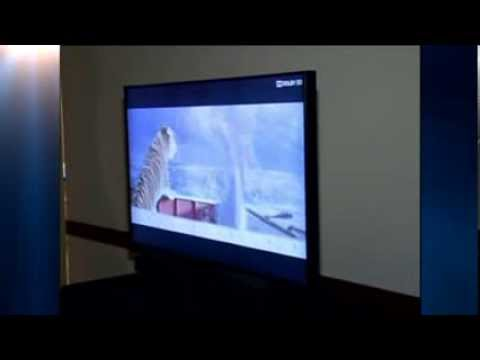 9b9f61c11 New Technology Enables People To Watch 3D TV Without Glasses - YouTube