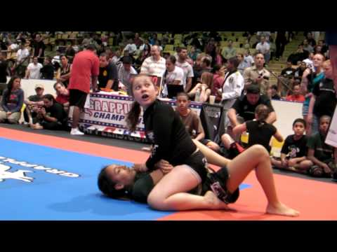Girl vs. Girl - 2009 Grapplers Quest U.S. Nationals No Gi Children's Finals: Subscribe FREE to Get the Newest Grappling and Jiu Jitsu Competition Videos, go to: http://www.youtube.com/subscription_center?add_user=GrapplersQuest  TOURNAMENTS - For upcoming grappling events worldwide, visit: http://GrapplersQuest.com  FACEBOOK - Like Us at: http://GrapplingFans.com   TWITTER - Follow us at: http://Twitter.com/GrapplersQuest  GOOGLE+ - Hang out with us at: http://google.com/+GrapplersquestHangout Please subscribe to our FREE channel at: http://WatchGrappling.com or PPV channel at: http://LiveGrappling.com