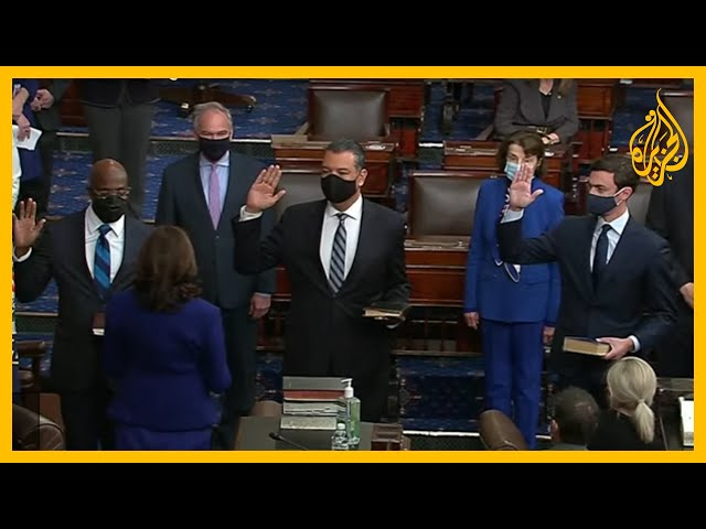 كامالا هاريس ترأس جلسة لمجلس الشيوخ أدى خلالها 3 مشرعين ديمقراطيين القسم الدستوري