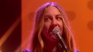 HAIM - Want You Back [Live on Graham Norton HD]