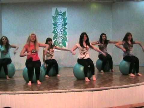 Эротическая гимнастика с мячами фото 549-544