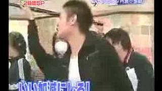 エド・はるみ 試合直後のチャンピオン内藤の前でダンスタイム@回転寿司 thumbnail