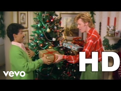 Daryl Hall & John Oates - Jingle Bell Rock (Daryl's Version - Video)