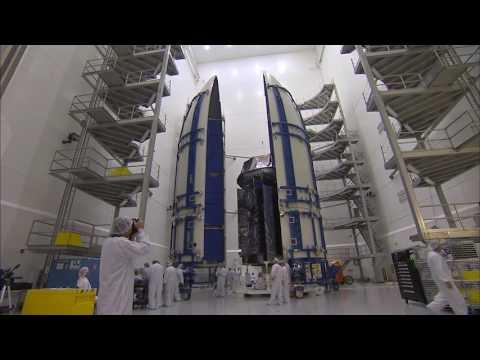 Atlas V MUOS-5 Encapsulation
