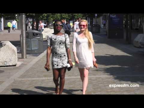 Express FM   Walks Like Rihanna