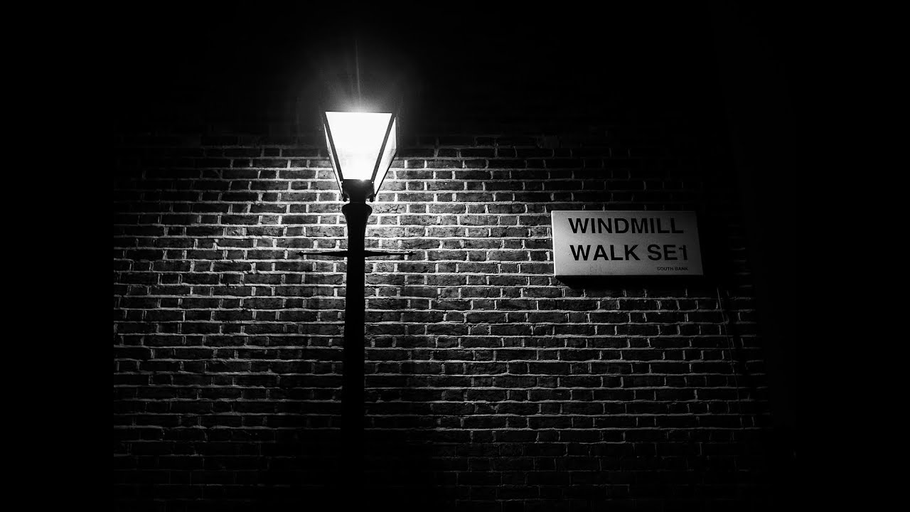 Night photography street lamps alleyways