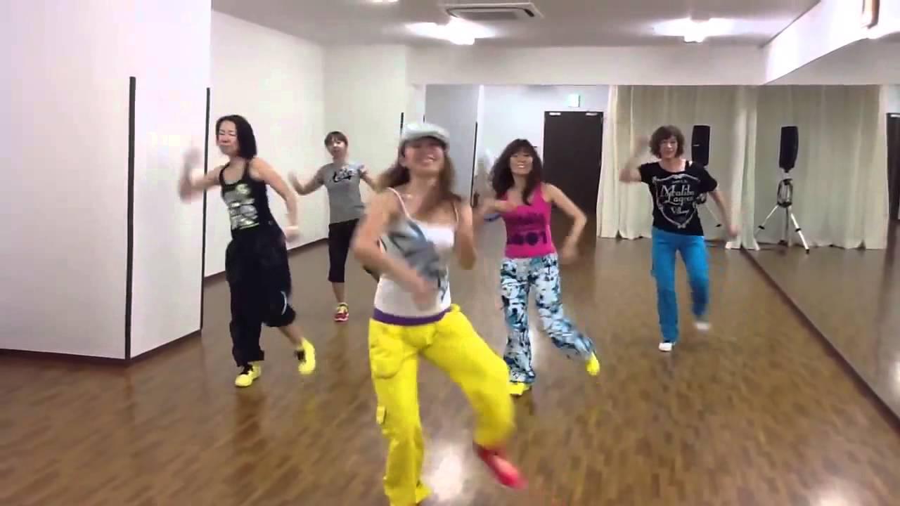 ダンス ズンバ