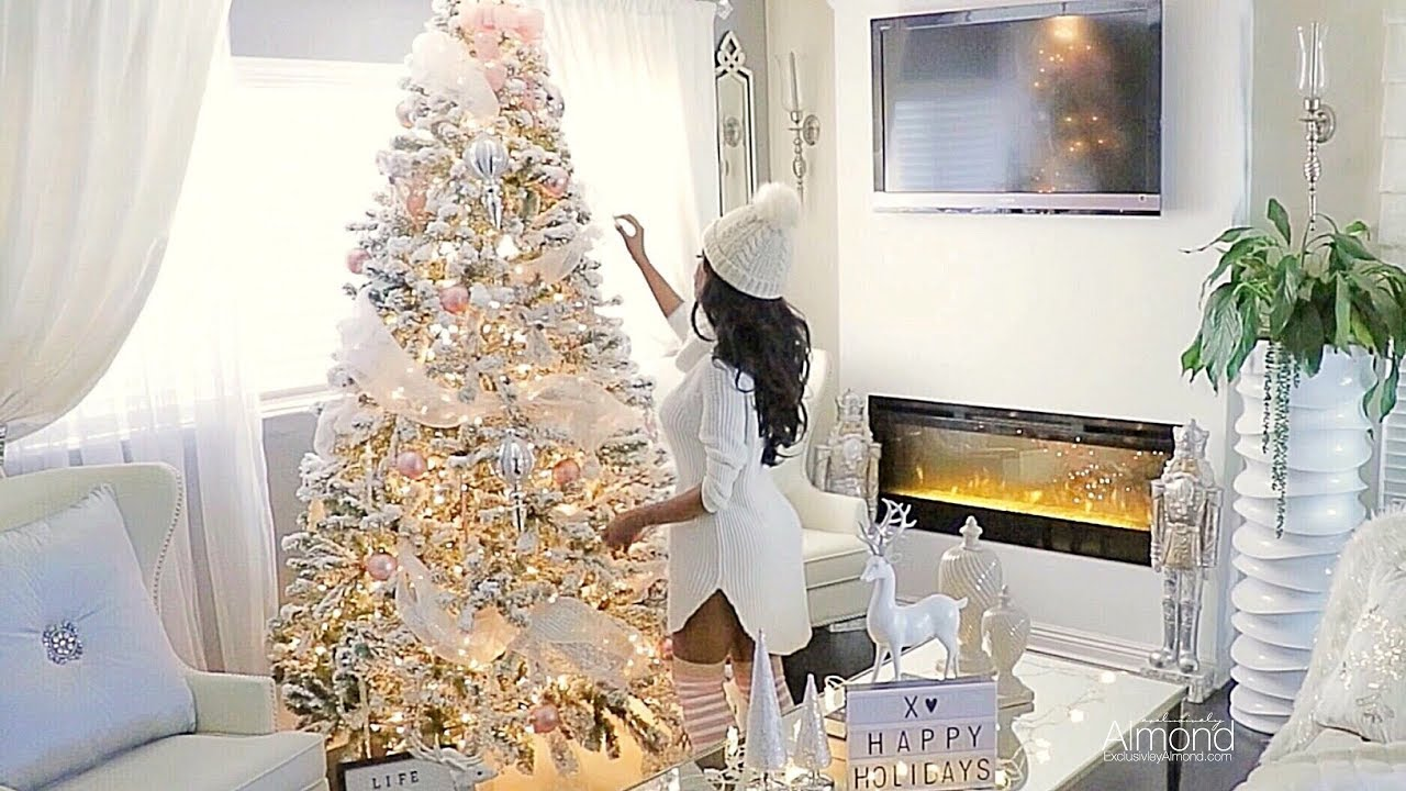 blushpink christmasdecoratingideas christmasdecorations - White Christmas Tree With Gold Decorations