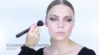 Nicci Welsh Foundation powder brush Thumbnail