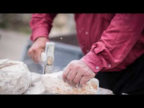 Hercegovački klesari / Herzegovinian Stonemasons