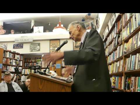 Ralph Nader at City Lights Bookstore (Part 1 of 2)