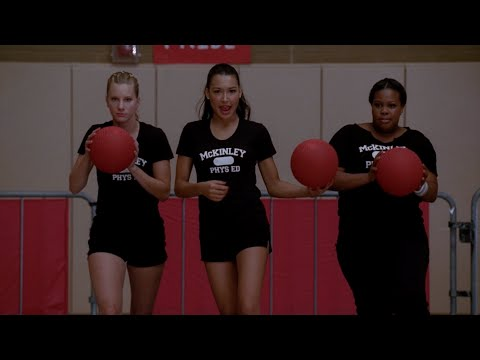 GLEE - Hit Me With Your Best Shot / One Way Or Another (Full Performance) HD