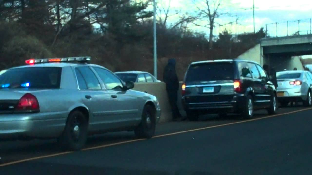 3 Car Accident on i-95 Connecticut