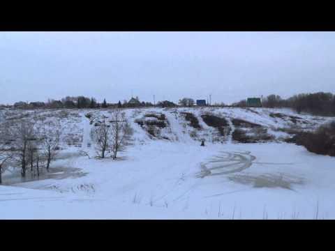 прыжок на снегоходе (Polaris Widetrak LX 550)