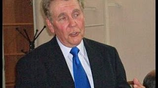 Anti-Gay Paul Cameron Admits Attraction to Men, Says Obama is Gay, Gays Will Rape All Boys