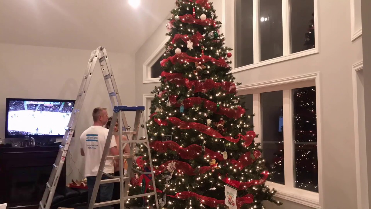 SETTING UP MY 12 FOOT CHRISTMAS TREE! - YouTube