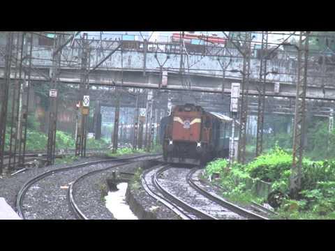 Double Diesel Delight - Chennai Mumbai Cst Express Greets Hyderabad Express at Ghatkopar