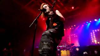 Children Of Bodom-Hate Crew Deathroll live in stockholm 2005.