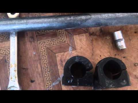 Замена втулок тяги стабилизатора на opel astra G 1
