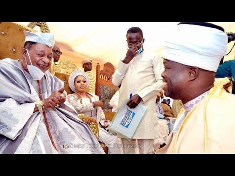 Download Imam Agba Offa with Alaafin of Oyo @Okinni land, Osun State.