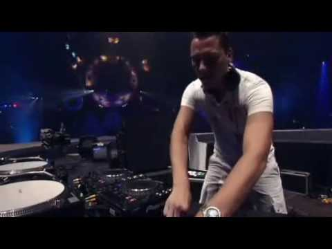 DJ Tiesto - Live at Sensation White (Amsterdam) 01-07-2006  PART 2