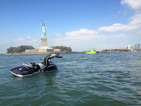 New York City Harbour - With Jet Ski - Summer 2016 - Estate 2016