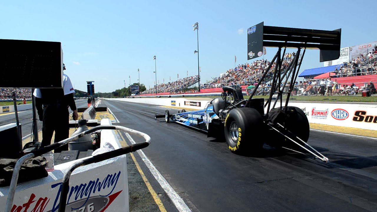 NHRA 8000 HP Top Fuel Dragster at the Starting Line - YouTube