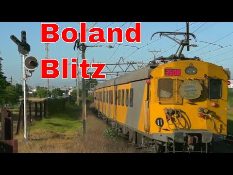 BOLAND BLITZ metro train from Worcester to Cape Town station at Brackenfell | Train South Africa