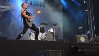 Download Eisbrecher - 1000 Narben (Bospop, Weert, 9-7-2016) MP3 song and Music Video