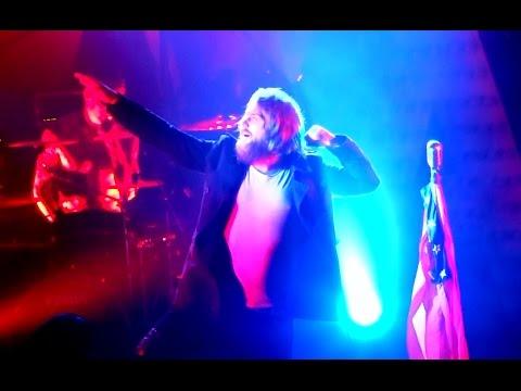 """ASKING ALEXANDRIA - """"Danny Worsnop Vs. Ben Bruce"""" The final show of 2014"""