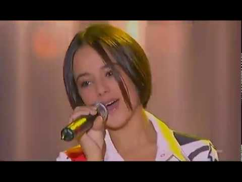 Alizée - Gourmandises Live (2001-12-2 - Les Petits Anges De Noël - Children's Show - France 2)