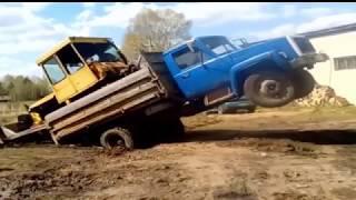 Приколы с тракторами и техникой.