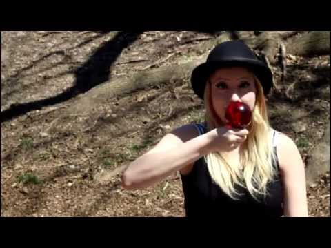 Bella Magic: Clown energy